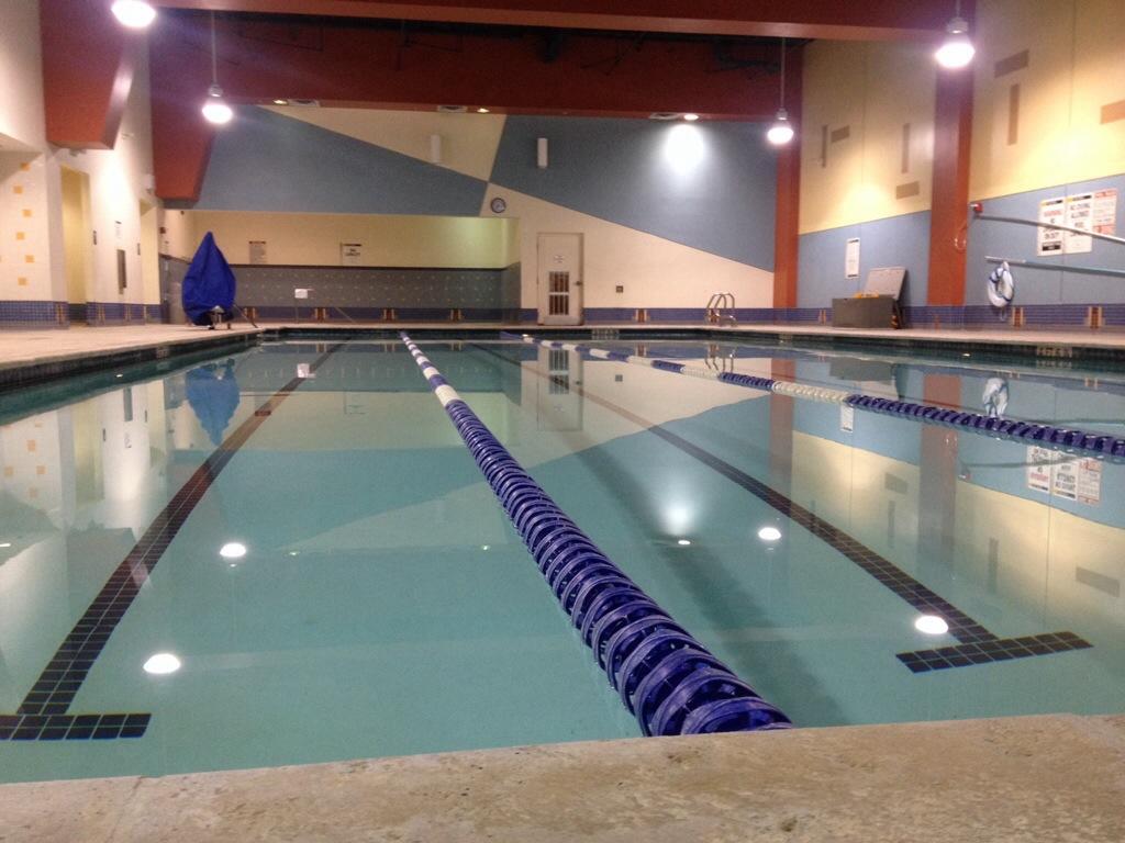 pool-swim-lafitness.jpg